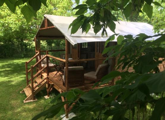 Camping Moredena Campsites 2 Stars In Morannes Sur Sarthe