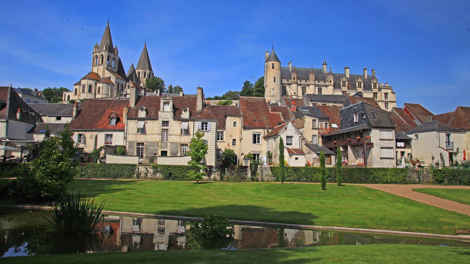 Jardins Du Chateau De Loches