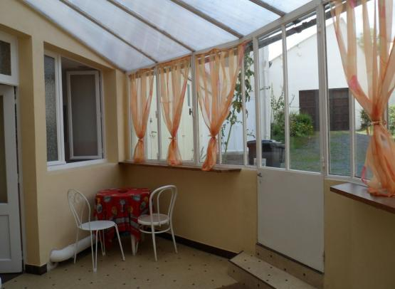 veranda-gite-etape-villedieu