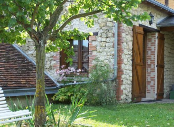 Gite-Malivert-Touraine-Loire-Valley-2