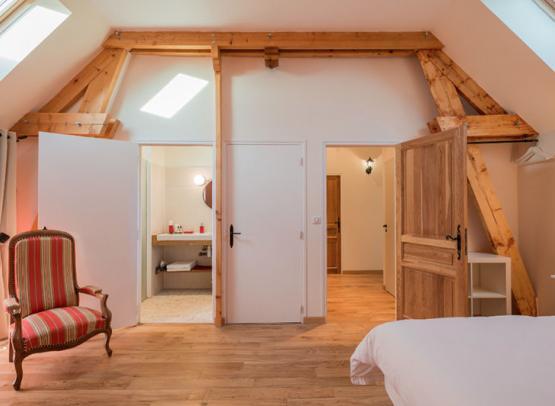 Clos de la Charbonniere-Azay-Chinon tourisme-chambre Coquelicot - Photo Olivier Pain