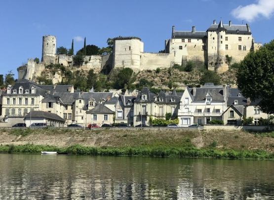 Forteress-Royale-de-Chinon--L-ile-Bellule