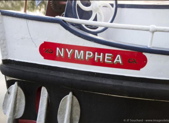 Peniche-hotel-Le-Nymphea---Tourisme-fluvial-en-Val-de-Loire-Loir-et-Cher--JF-Souchard---www