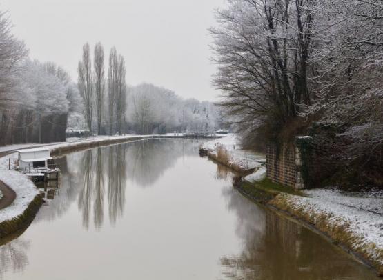 le-canal-sous-la-neige