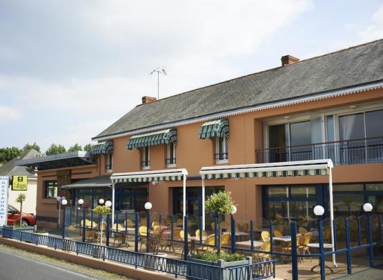 hotel-restaurant-poisson-argent-mesnil-vallee-loire-2