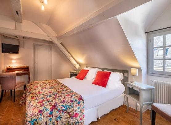 hotel-de-Biencourt-SD-13