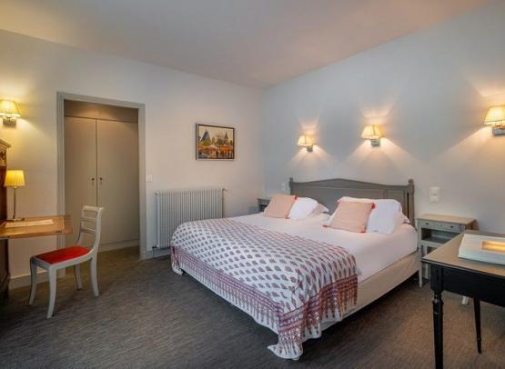 hotel-de-Biencourt-SD-22