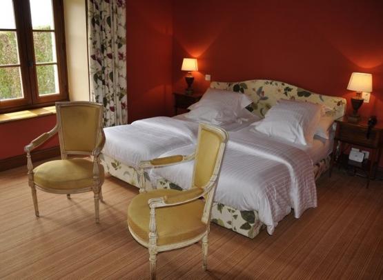 MARCAY-HOTEL-CHATEAU-DE-MARCAY (7)
