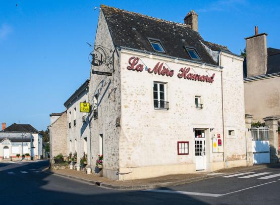 Hotel-La-Mere-Hamard-10