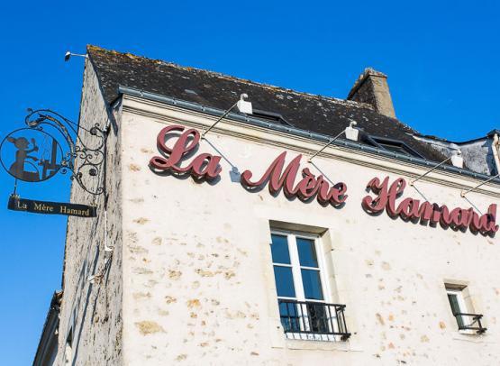Hotel-La-Mere-Hamard-11