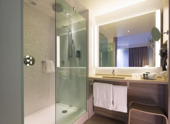 HOTPDL04440681 - Oceania Hotel de France Salle de Bain