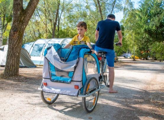 Camping Sites et Paysages les Saules-Cheverny-velo-enfant