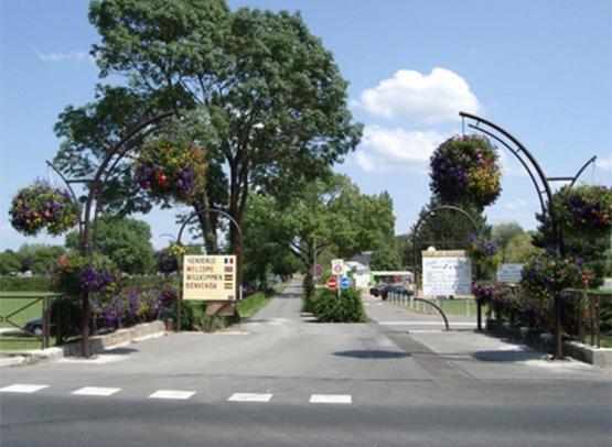 Parc Capitaine - entree camping - © Nathalie Bonneau - ville de Bourgueil