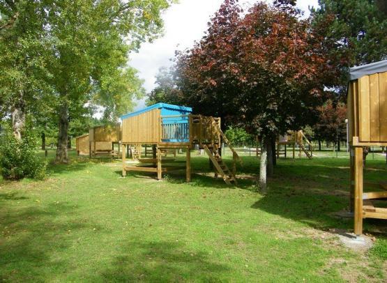 Camping le Jardin de Sully _ Campétoile (2)