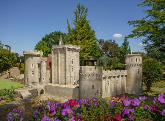 Loire Valley Mini-Châteaux - Amboise, France.