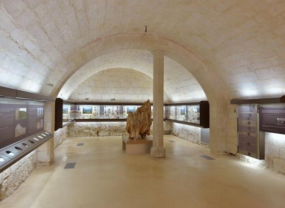 Musée_Préhsitoire_Grand_Pressigny_Caves_Collections_Crédit_Léonard_de_Serres