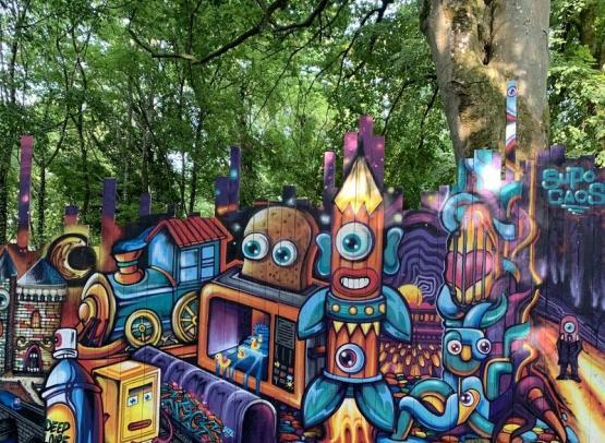 STREET ART PARC DU CHATEAU DE MOH