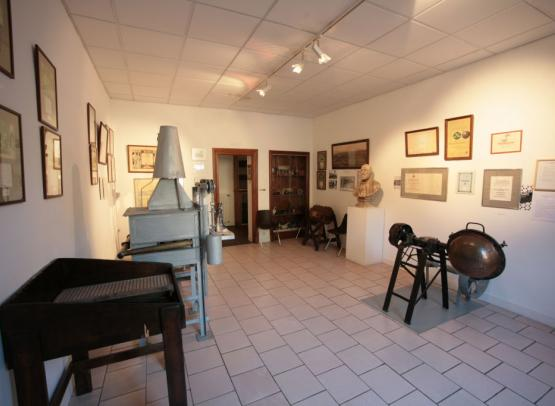 IMG-1559---Musee-des-Emaux-de-Briare