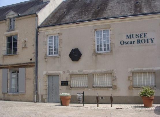 jargeau-musee-oscar-roty-FR-OTI