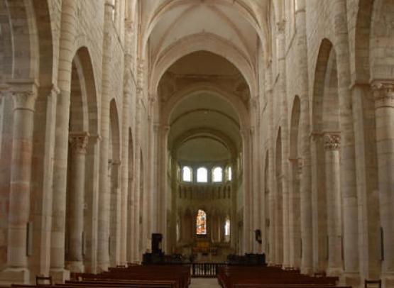 abbaye fleury nef01