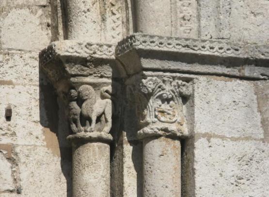 abbatiale-notre-dame-portail-details