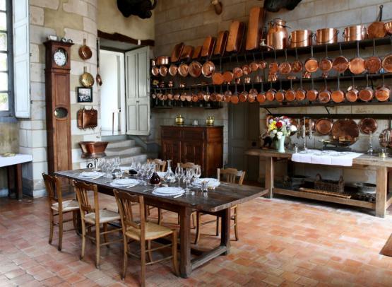 Chateau de Montgeoffroy - cuisine