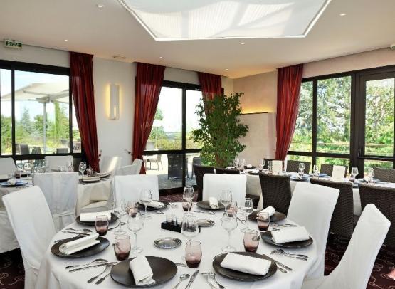 salle de Restaurant Groupe - Les Terrasses Luccotel Loches