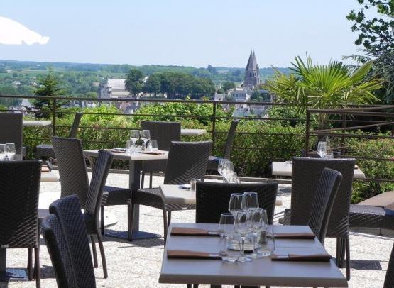 Vue Restaurant Les Terrasses  Luccotel Loches
