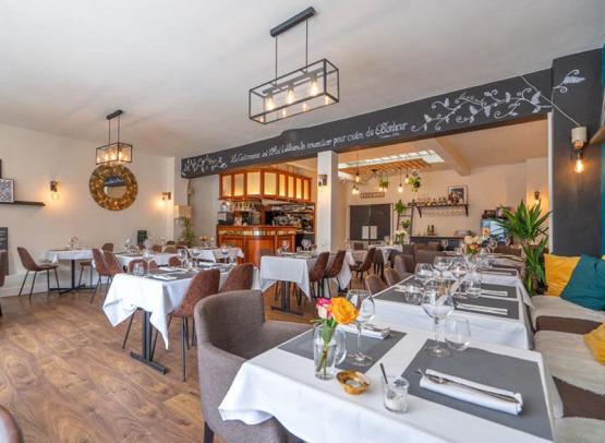 Le P'tit Mich restaurant - Tours, Loire Valley, France.