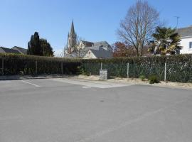 aire-du-bourg-freigne-49-ACCAM-photo 1