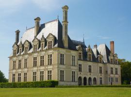 (83)chateau-beauregard-cellettes©CDT41-cmarino