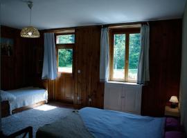 maison-du-garde-gite-chaumont-chambre-bleue