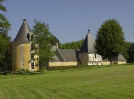 La-Tour-Ronde---Parc-du-Chateau-de-la-Menaudiere