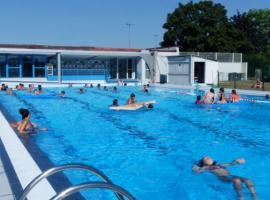 piscine aqua 9 _ 1