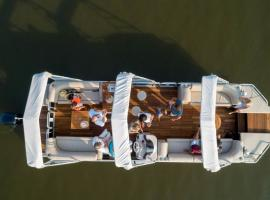 lar_boat-0080