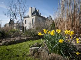 SAFFRE_Jardin-chateau_1©Julie-LALOUX