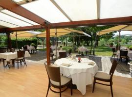 Véranda et Terrasse du restaurant La Table du Meunier