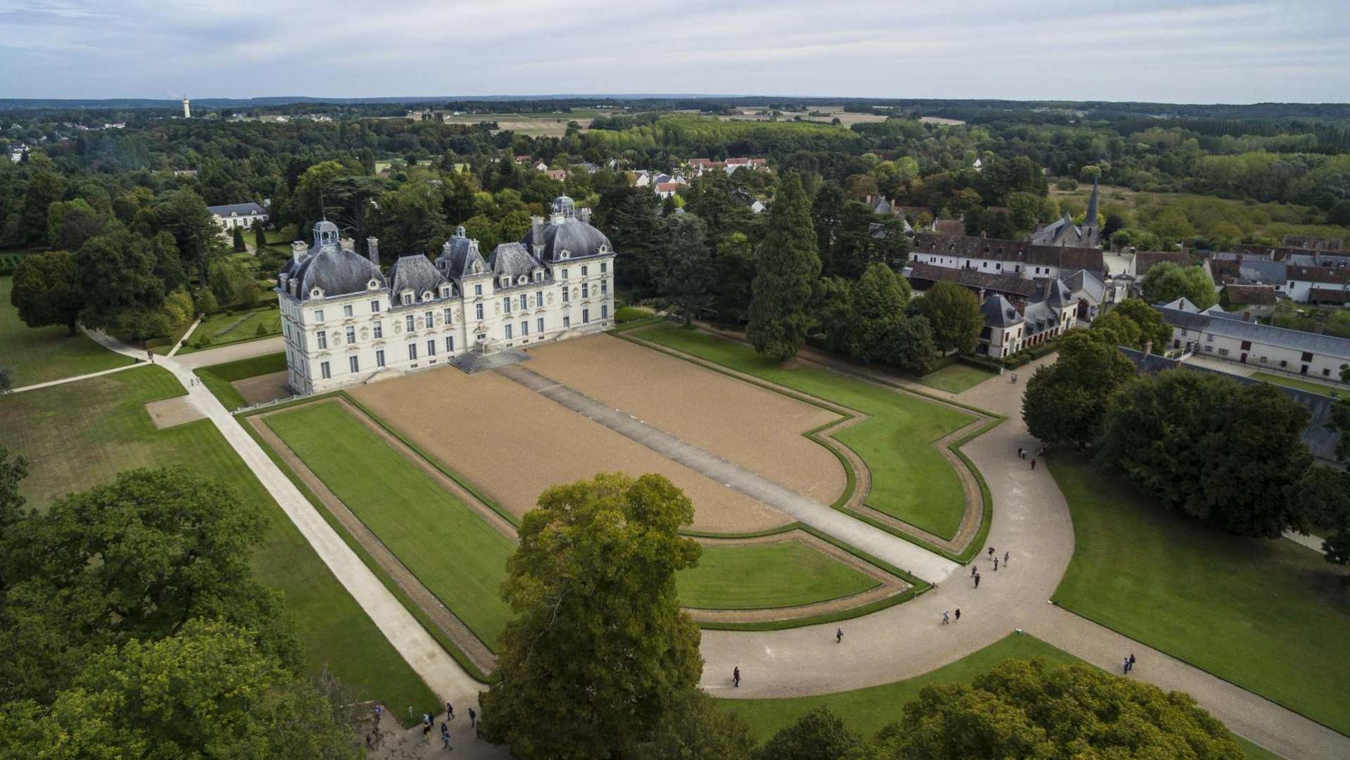 CHÂTEAU OF CHEVERNY, The Loire Valley, a journey through France